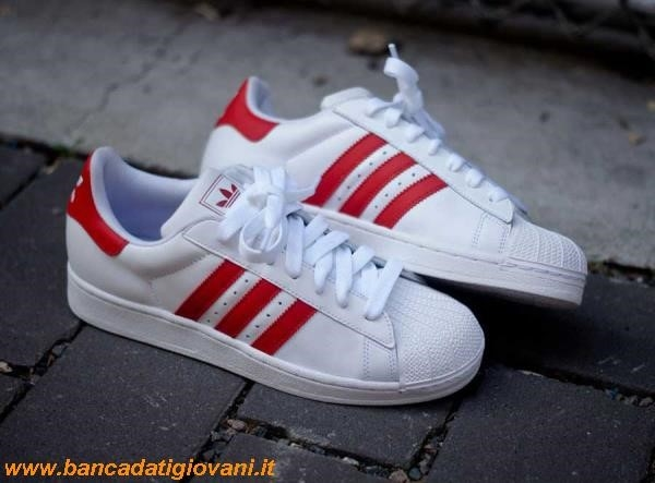 Adidas Superstar Blu Indossate