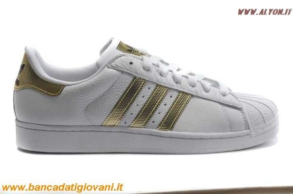 finest selection 22e6e ce3a3 Adidas Scarpe 2016 Superstar Nere