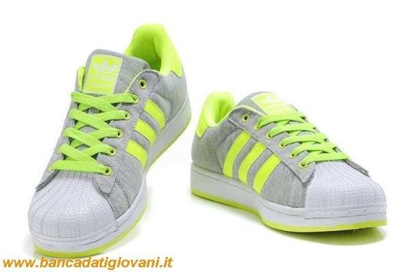 scarpe adidas diventate gialle