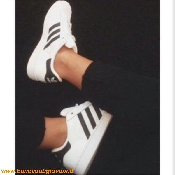 adidas superstar borchiate bianche nere old and silver studs