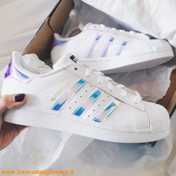 Superstar Adidas Holographic