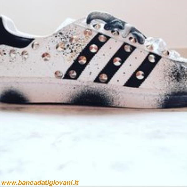 imitazione scarpe adidas