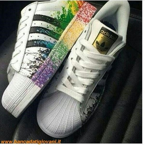 sale retailer 3b885 89a92 Superstar Schizzi Colore