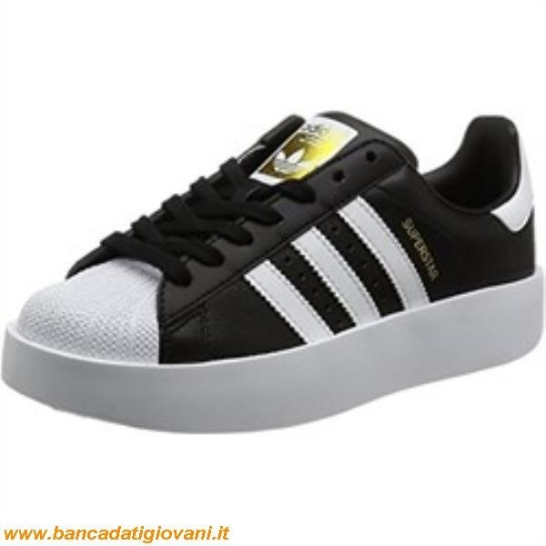 adidas superstar nere in offerta